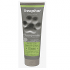 Премиум шампоан Beaphar - омекотяващ с натурален екстракт от женско биле и пшенични протеини, 250 мл