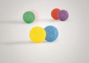 Лъскави топчици със звънче